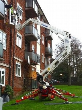 Easylift R-160 Spiderlift by Rapid Platforms